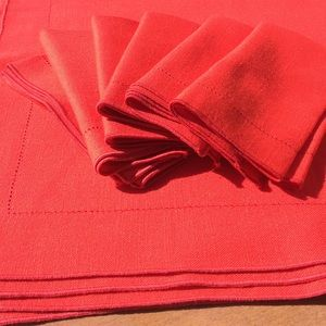 NWOT Red Woven Tablecloth 6 Matching Napkins 52x70